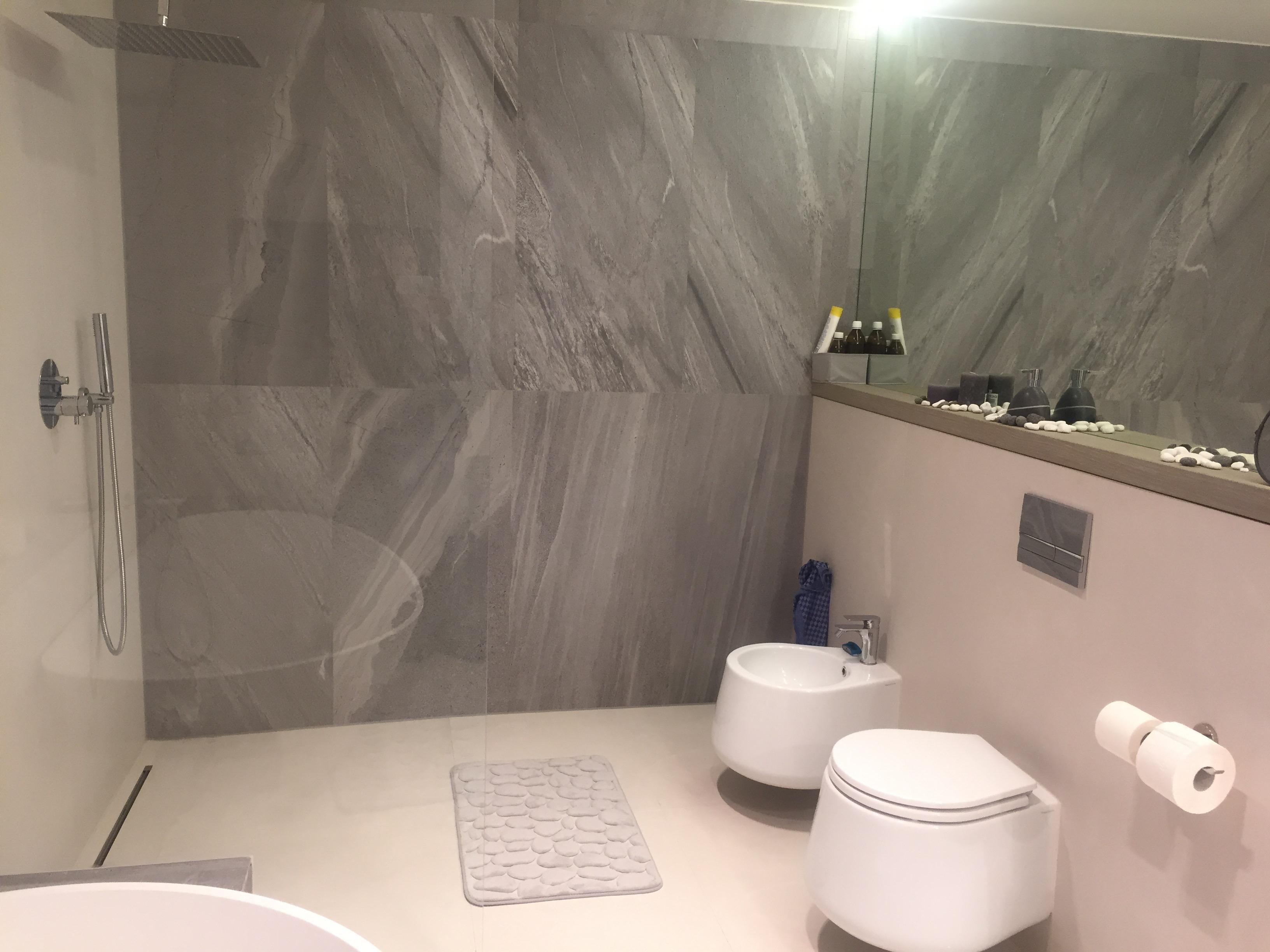 interiery toaleta